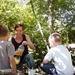 Suzy op bezoek In de boomhut van Antoine en Gautan