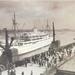 Congo-villeboat bij vertrek Scheldekaai in Antwerpen