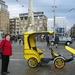 taxi op de Dam in Amsterdam