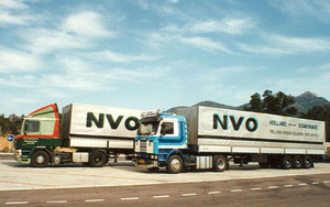 Boonstra Nuis en T.Edens bij Spaanse grens in 1988
