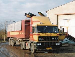BY-13-GY   Aardappelen laden in Oost Duitsland