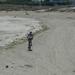 fietsen op het strand