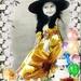meisje in bloemenkader