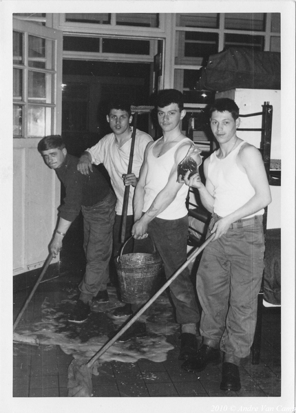 1966-04-02 Compagniekuis