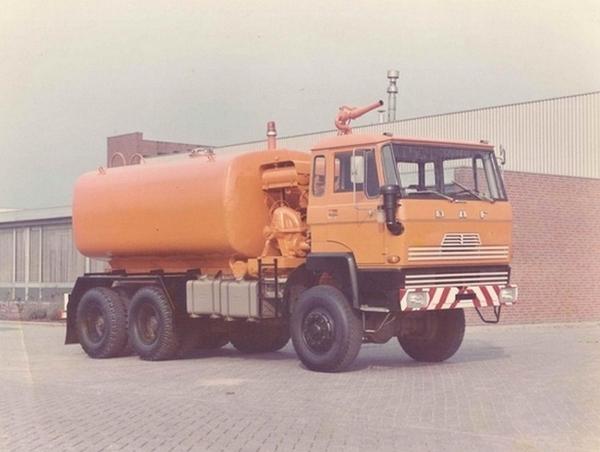 DAF-1800 (6X6)