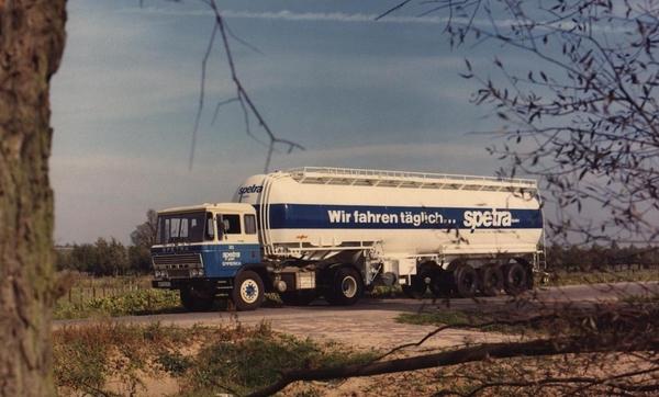 DAF-2600 GELDERS SPETRA (D)