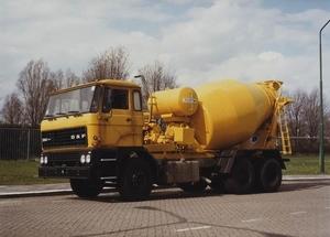 DAF-2800 (6X4)