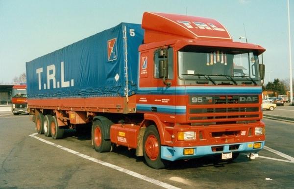 DAF-95 TRL (B)
