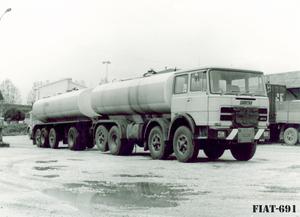 FIAT-691 8X2 (I)