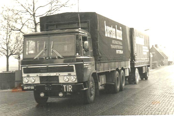 DAF-2600 KERSTEN HUNIK ROTTERDAM (NL)
