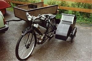 Coventry Eagle Autoette met een Watsonian zijspan 1940