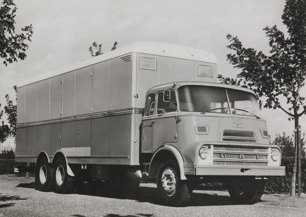 DAF-2400DP 6x4 (NL)