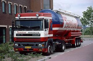 DAF-95ATI ZIJDERHAND MOERKAPELLE (NL)
