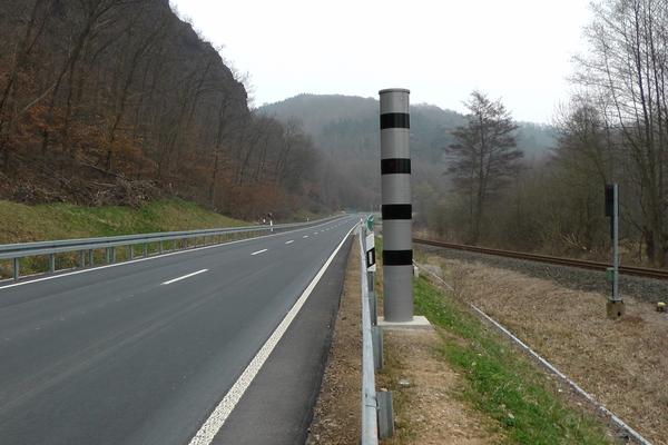 ronde  flitspaal in Deutschland