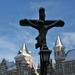 Kruisbeeld aan het steen