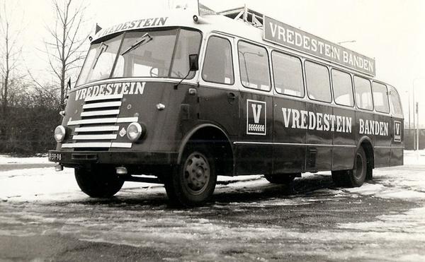 DAF 7STREPER VREDESTEIN BANDEN (NL)