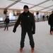 03) Wim op de ijspiste Halle