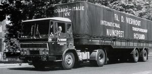 DAF-2600 VIERHOUT NUNSPEET (NL)