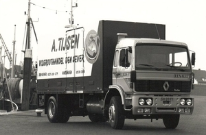 RENAULT G230 A.TIJSEN DEN OEVER (NL)