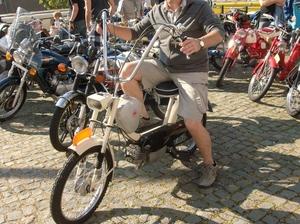Kreidler gespot in Neer 03-09-2011
