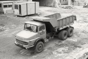 MERCEDES-BENZ-2624
