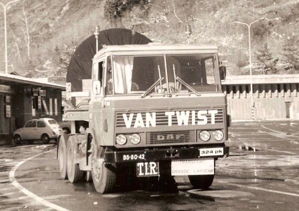 DAF-2600 VAN TWIST (NL)