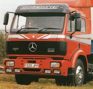 MERCEDES-BENZ 1735 (GB)