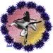 Danseres in bloemenkrans