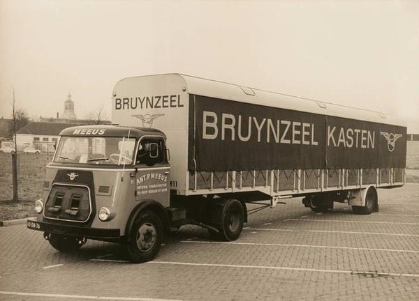 DAF-1200 MEEUS BERGEN OP ZOOM (NL)