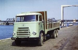 DAF1200 Fa.DORST STRIJEN (NL)
