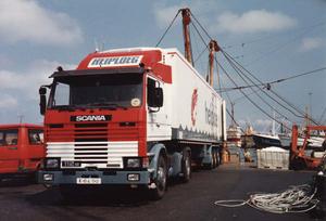 E-04-52   Chauffeur; Jaap van der Horn