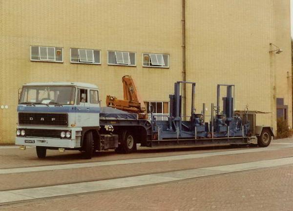 DAF-2800 PHILIPS EINDHOVEN (NL)