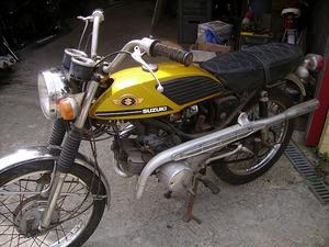 Suzuki van Jean Pierre Stinger