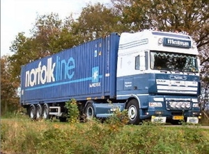 DAF  XF Super Space   + Container
