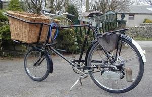 VAP4  1954 op een Trademans fiets