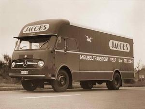 Mercedes-Benz Jacobs Velp gld (NL)