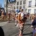 012-Bezemdans op de Grote Markt