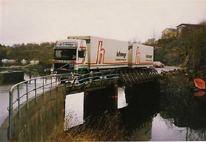 Over de brug