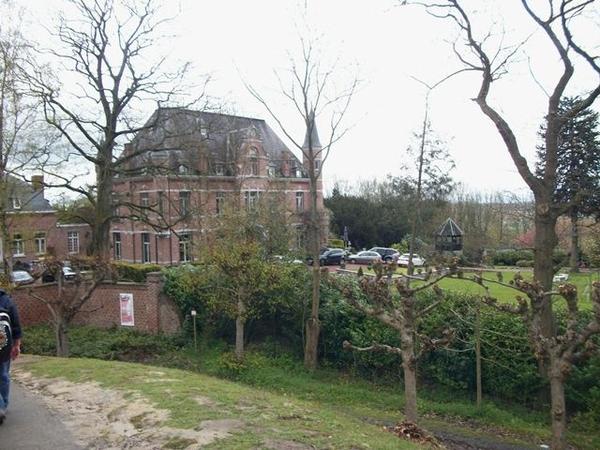 121-Kasteel Oudeberg-1860 met 4ha.park