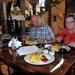 Poznan, hongerige toeristen stillen inwendige mens