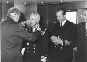 6  1977 met Admiraal Van Dijck - Prins Albert en Gouverneur Kinsb