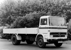 MERCEDES-BENZ LP1213