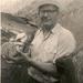 Jacques Rom met gevangen portie bot ( platvis )
