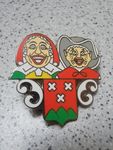 pin's Bergen op Zoom Toontje en Marieke