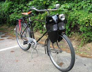 Cymota op een Cosmos fiets