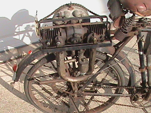 Johnson hulpmotorfiets