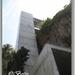 Lift naar hotel boven op rots.