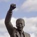 Standbeeld Mandela voor Drakenstein gevangenis Paarl
