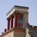 2 Knossos paleis gerestaureerde zuilen