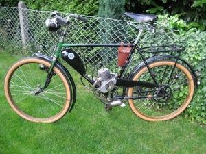 D4.. op een Franke fiets uit 1939